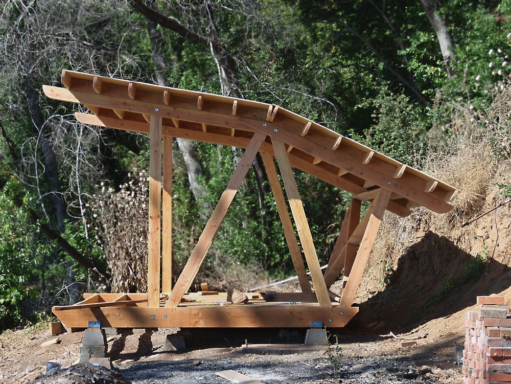 adelaparvu.com despre casuta de vacanta cu acoperis verde, design Alex Wyndham (4)