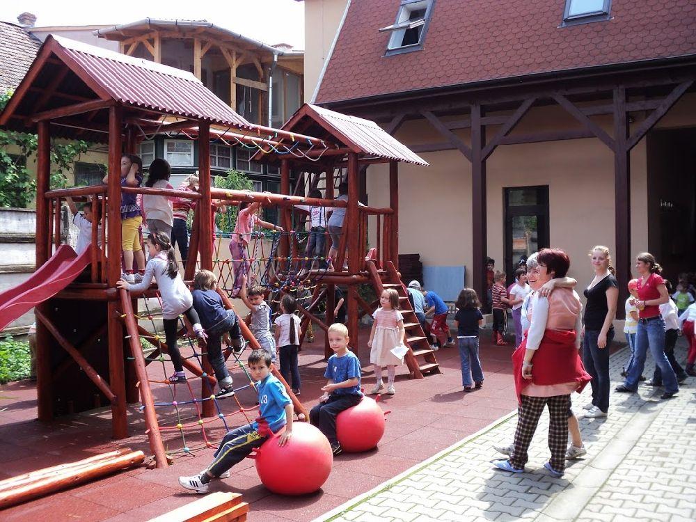 adelaparvu.com despre locuri de joaca pentru copii, instalatii joaca design Gordius Plus (4)