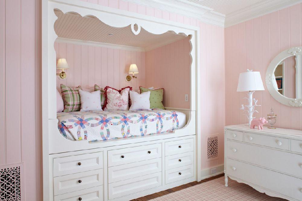 adelaparvu.com casa din lemn cu interior in nuante pastelate, casa SUA Michigan, design interior Tom Stringer, Foto Werner Straube (23)