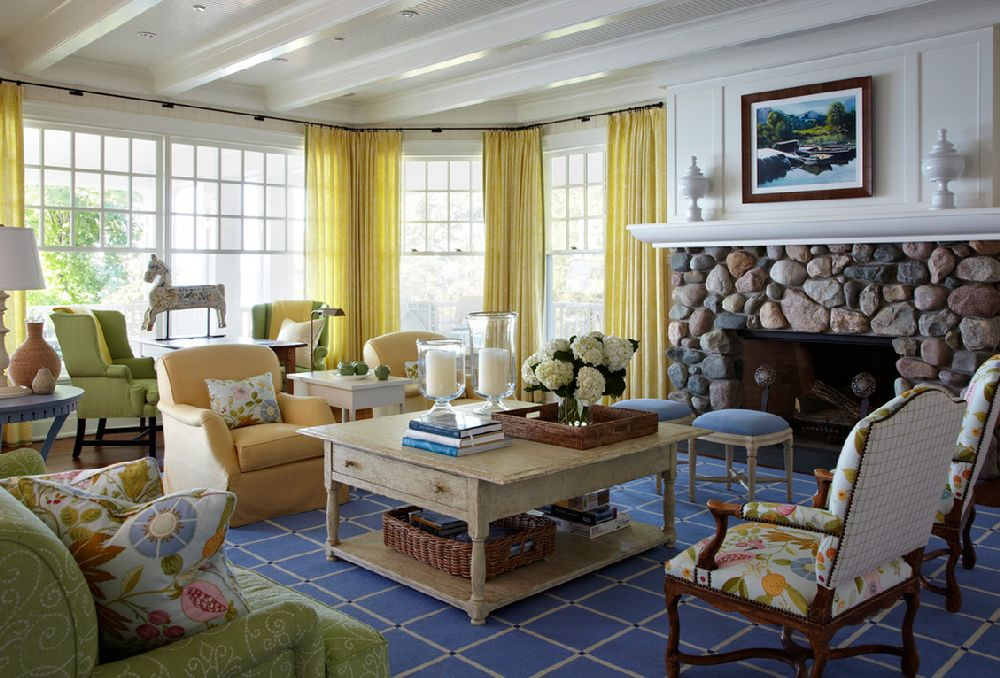 adelaparvu.com casa din lemn cu interior in nuante pastelate, casa SUA Michigan, design interior Tom Stringer, Foto Werner Straube (4)