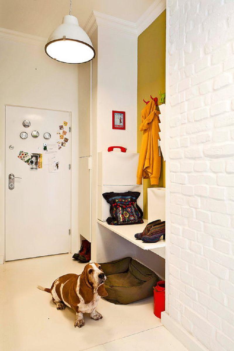 adelaparvu.com despre apartament mic si colorat, design interior Agata Debicka Cieszynska, Twin Pigs  (1)