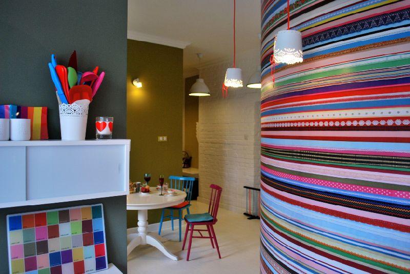 adelaparvu.com despre apartament mic si colorat, design interior Agata Debicka Cieszynska, Twin Pigs  (10)