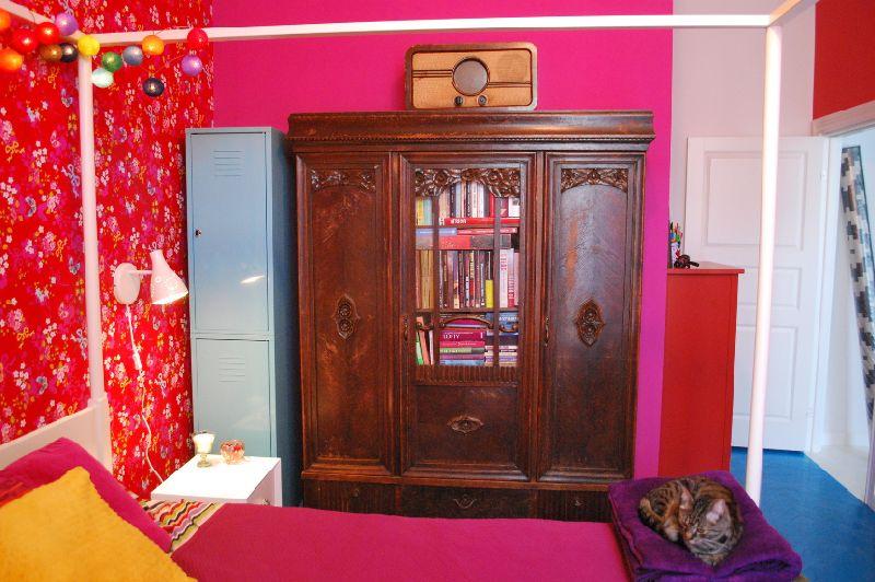adelaparvu.com despre apartament mic si colorat, design interior Agata Debicka Cieszynska, Twin Pigs  (11)