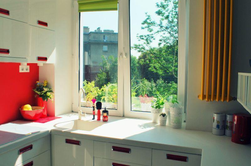 adelaparvu.com despre apartament mic si colorat, design interior Agata Debicka Cieszynska, Twin Pigs  (12)
