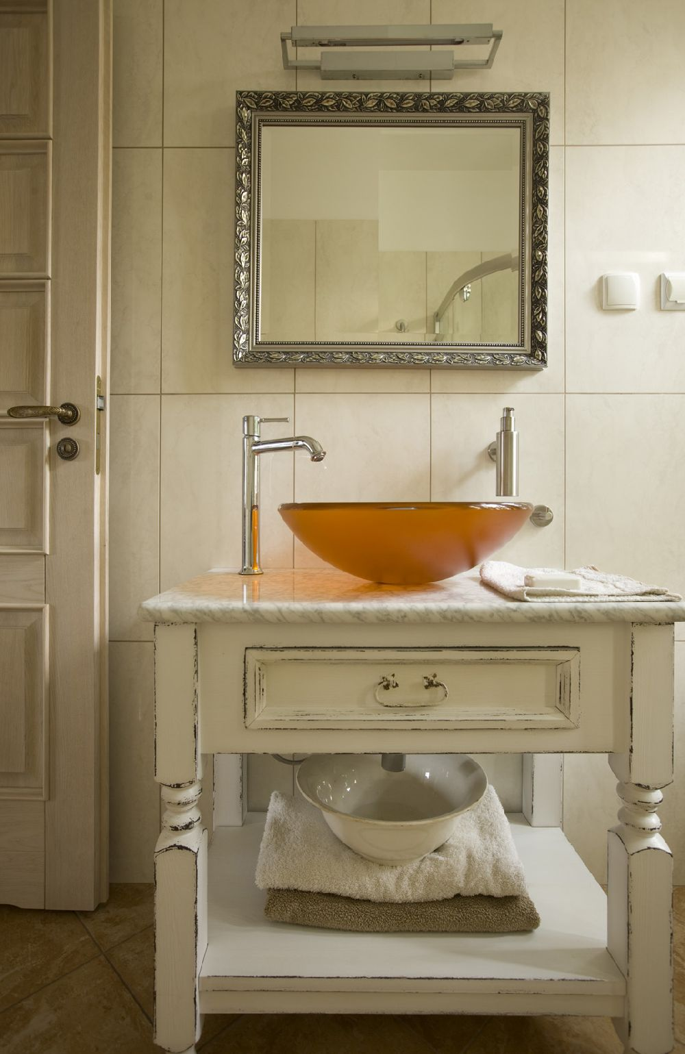 adelaparvu.com despre casa in stil francez cu accente contemporane, design interior, design Mortis Design (7)