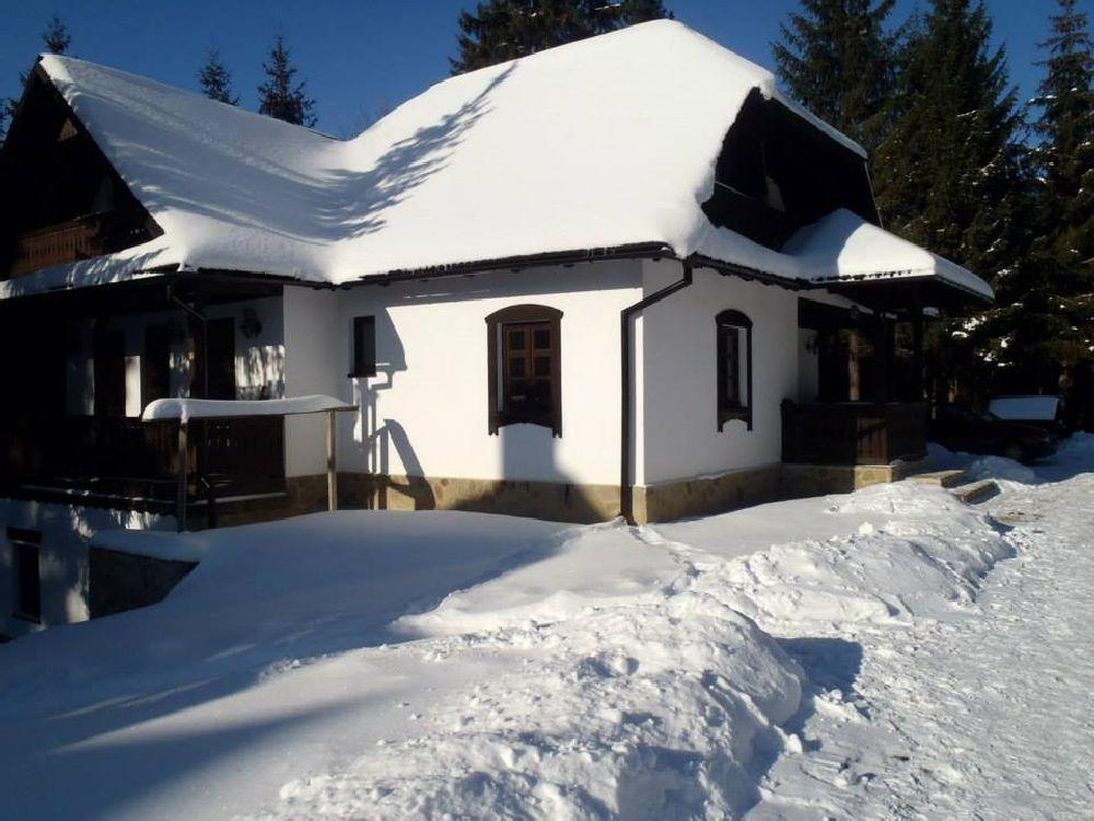 adelaparvu.com despre casa traditionala romaneasca Colibita, proprietar Doru Munteanu,  caliman.ro centru sport (15)