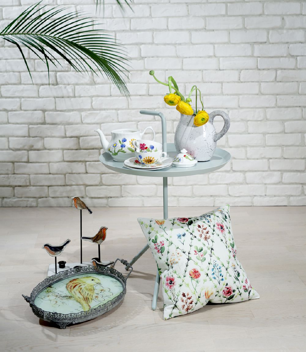 Pagina de shopping Veronica Burlacu, Foto Elle Decoration