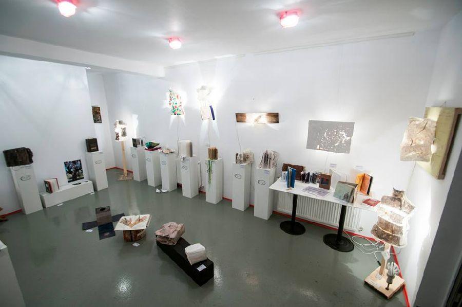 adelaparvu.com despre expozitia Bienala de Carte Obiect Bucuresti, curatori Dorothea Fleiss, Mirela Traistaru (10)