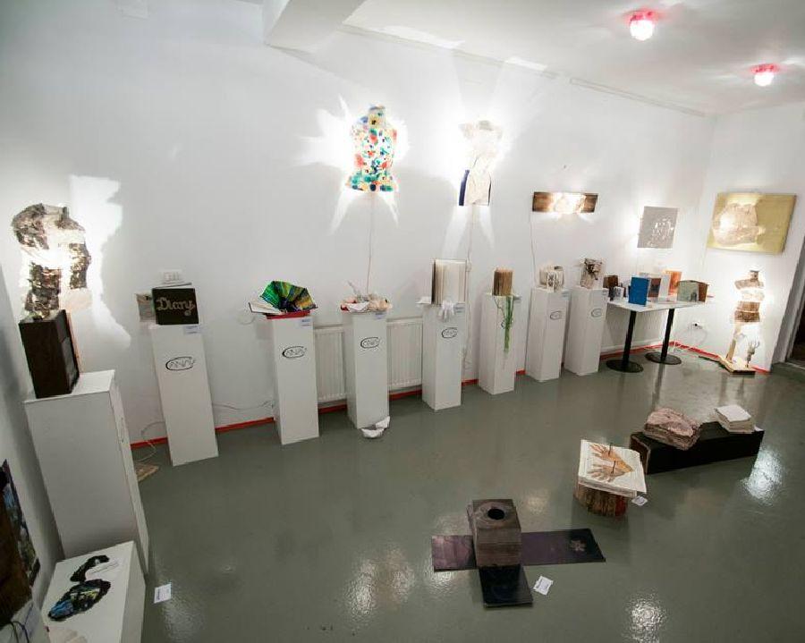 adelaparvu.com despre expozitia Bienala de Carte Obiect Bucuresti, curatori Dorothea Fleiss, Mirela Traistaru (13)