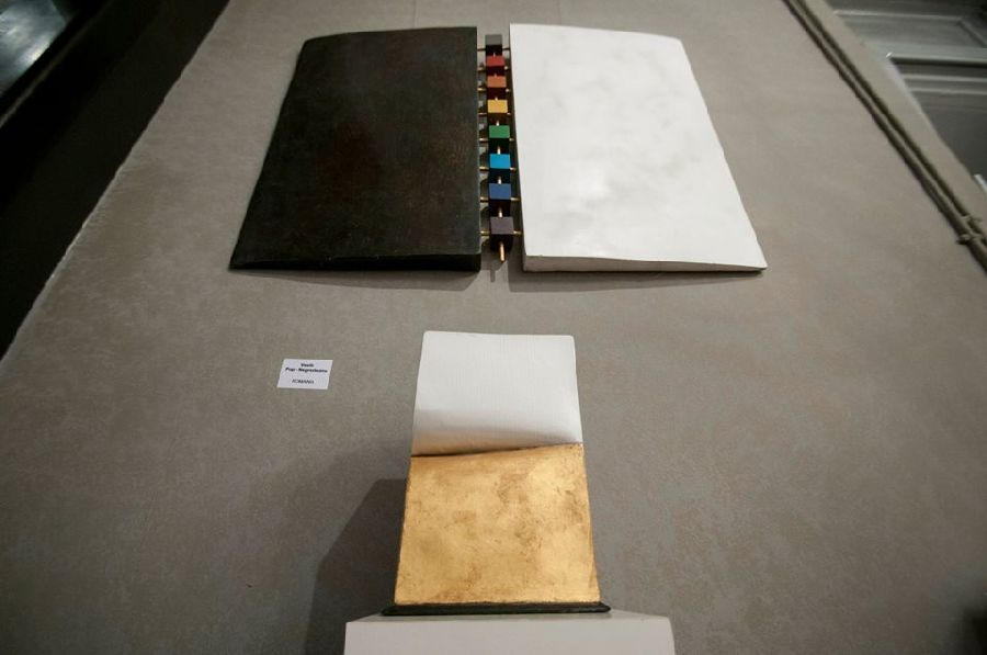 adelaparvu.com despre expozitia Bienala de Carte Obiect Bucuresti, curatori Dorothea Fleiss, Mirela Traistaru (14)