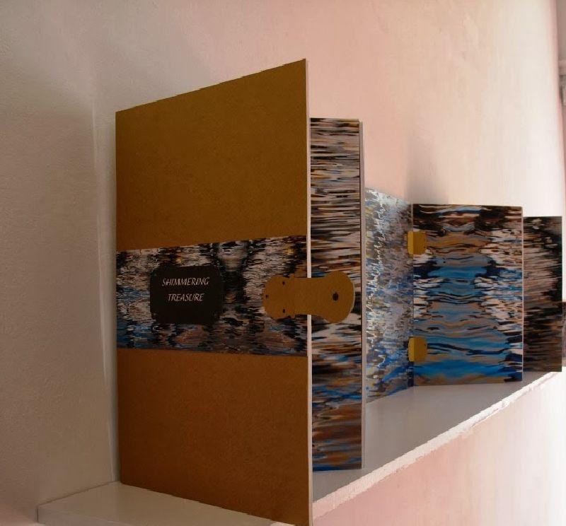 adelaparvu.com despre expozitia Bienala de Carte Obiect Bucuresti, curatori Dorothea Fleiss, Mirela Traistaru (2)