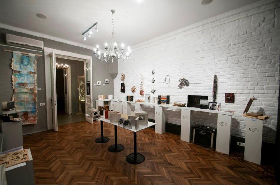 adelaparvu.com despre expozitia Bienala de Carte Obiect Bucuresti, curatori Dorothea Fleiss, Mirela Traistaru (20)