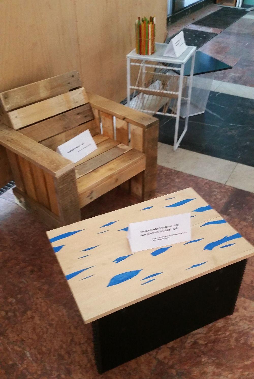 adelaparvu.com despre expozitia cu obiecte reciclate a Studentilor la arhitectura de interior UNAUIM, editia a 6 a (18)