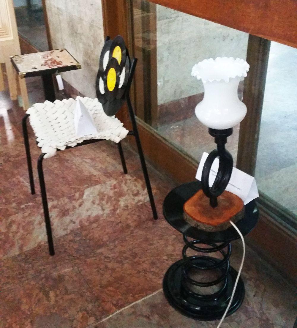 adelaparvu.com despre expozitia cu obiecte reciclate a Studentilor la arhitectura de interior UNAUIM, editia a 6 a (2)