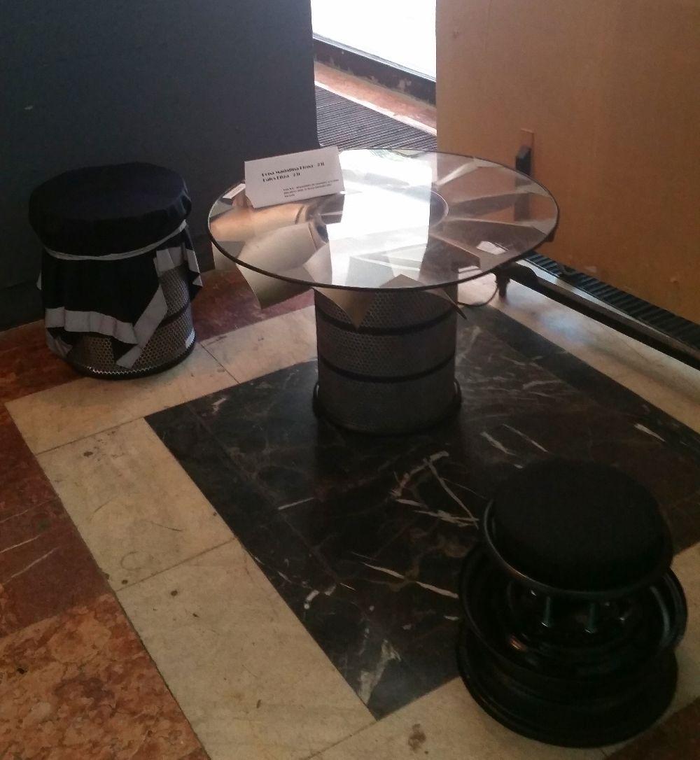 adelaparvu.com despre expozitia cu obiecte reciclate a Studentilor la arhitectura de interior UNAUIM, editia a 6 a (22)