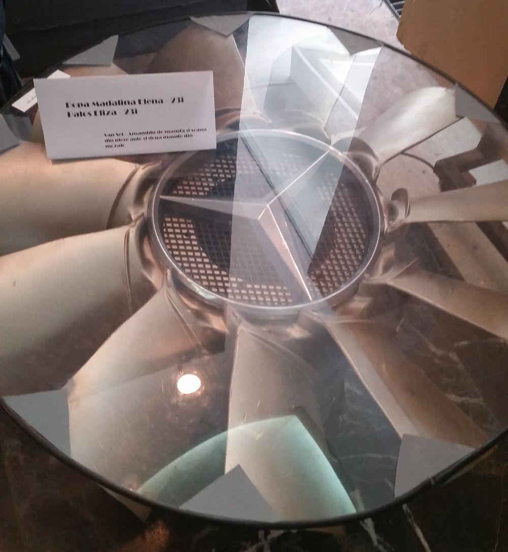 adelaparvu.com despre expozitia cu obiecte reciclate a Studentilor la arhitectura de interior UNAUIM, editia a 6 a (24)