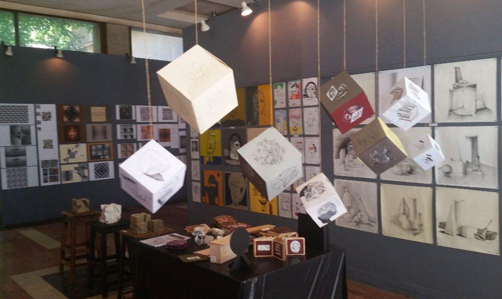 adelaparvu.com despre expozitia cu obiecte reciclate a Studentilor la arhitectura de interior UNAUIM, editia a 6 a (37)