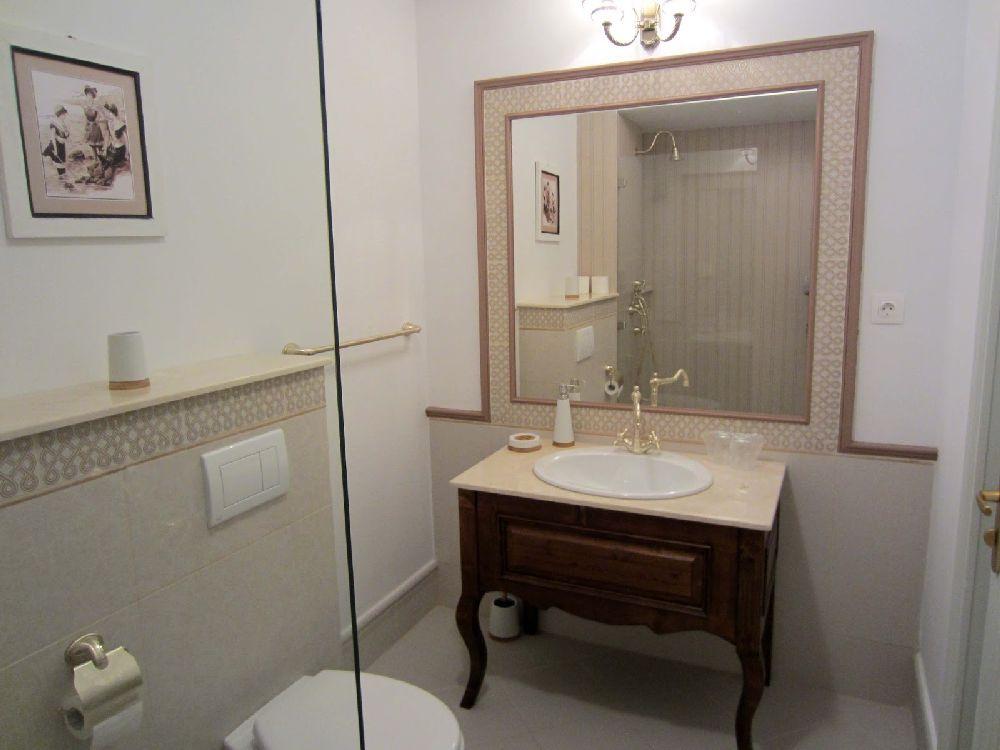adelaparvu.com despre Casa din Bran Pension, arhitectura Gabriel Henegar, Designer interior Marinela Filip, Foto Andreea Pasca  (22)