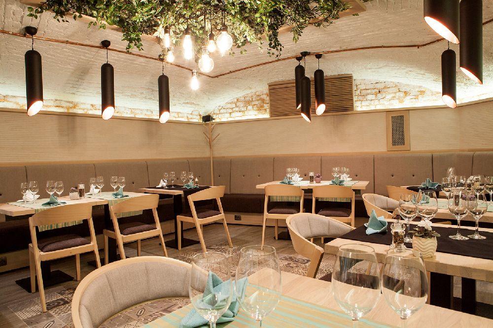 adelaparvu.com despre amenajare restaurant Naan, Bucuresti, design interior Delta Studio, Victor Grosu, Mihai Constantin, Iuliana Dinca (23)