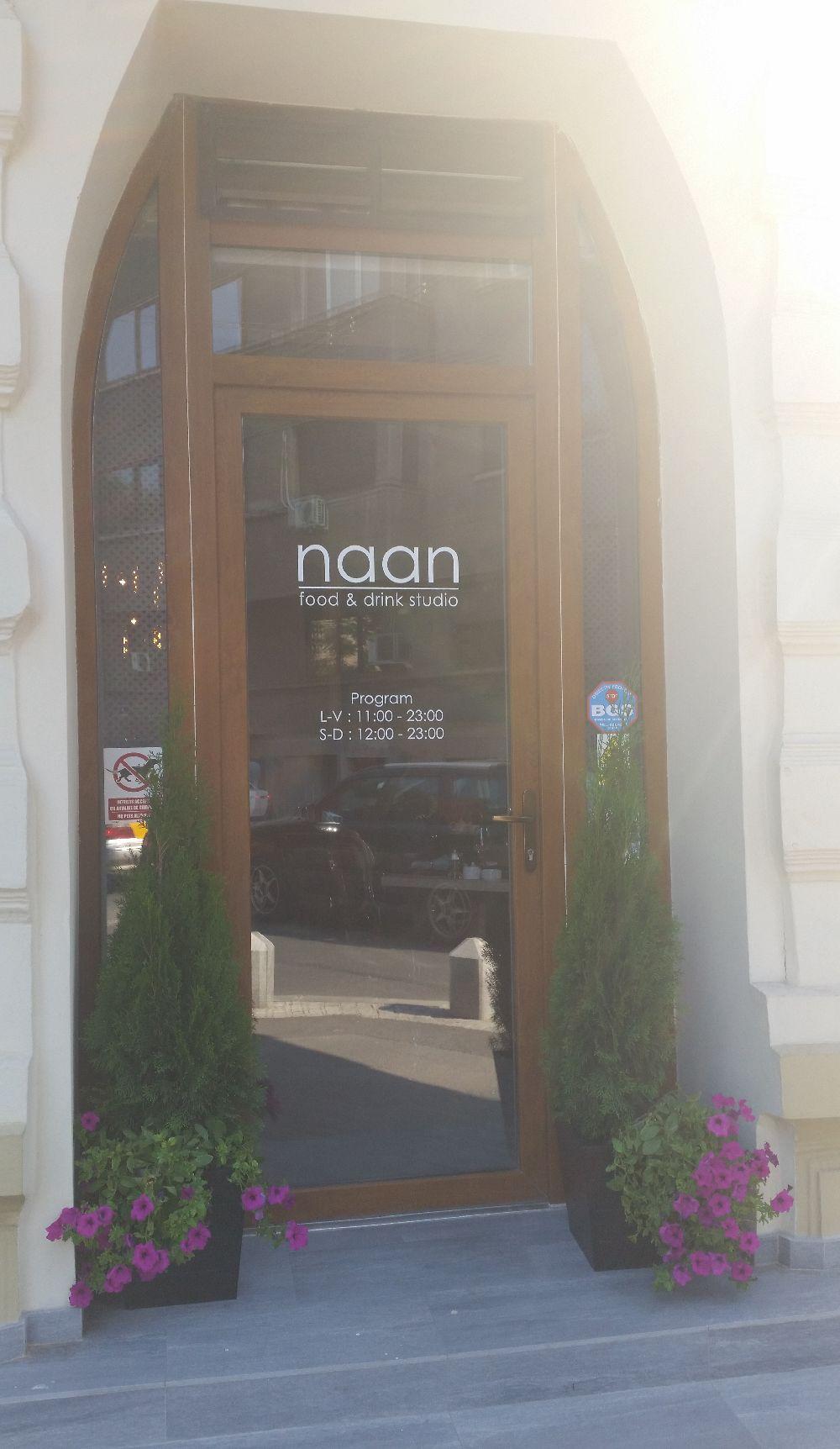 adelaparvu.com despre amenajare restaurant Naan, Bucuresti, design interior Delta Studio, Victor Grosu, Mihai Constantin, Iuliana Dinca (4)