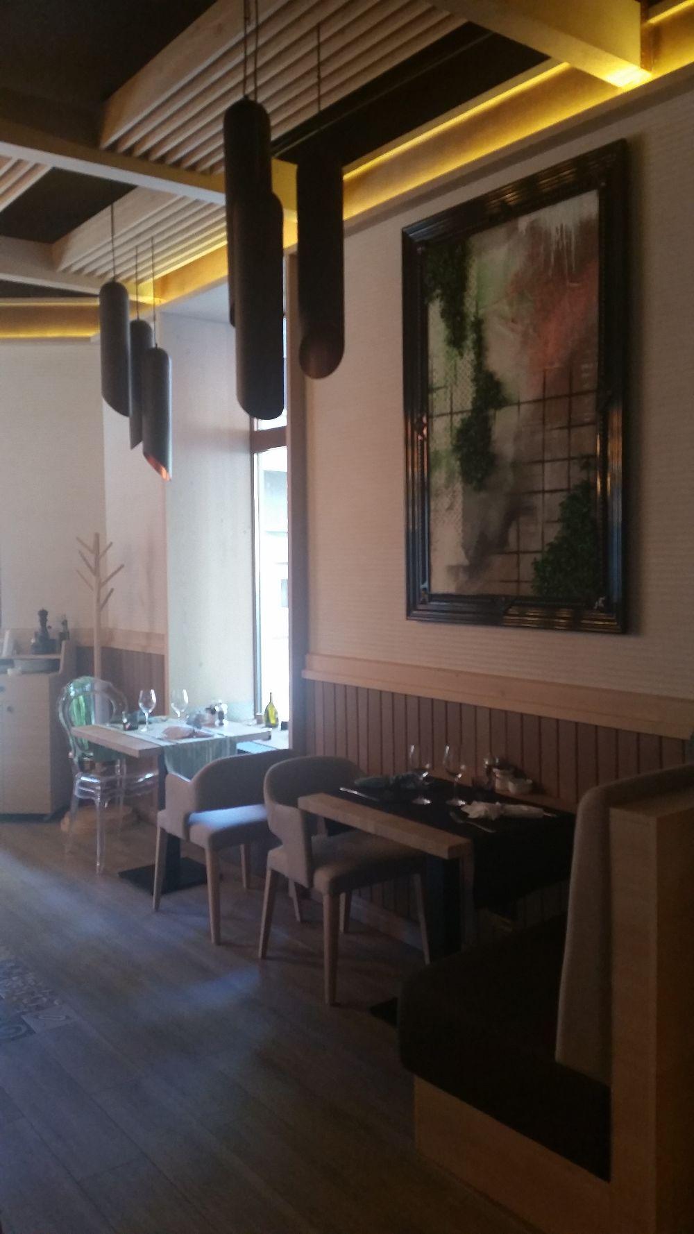 adelaparvu.com despre amenajare restaurant Naan, Bucuresti, design interior Delta Studio, Victor Grosu, Mihai Constantin, Iuliana Dinca (5)