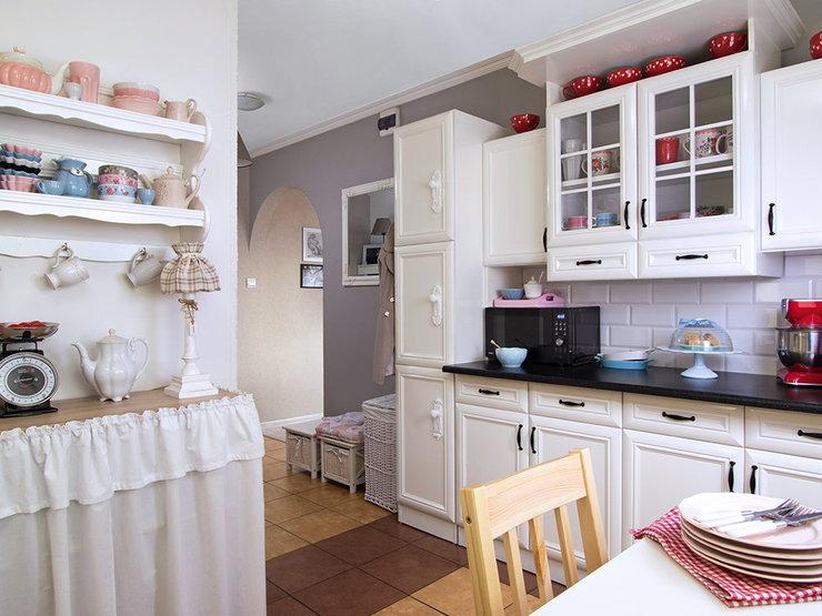 adelaparvu.com despre apartament de bloc 2 camere cu mobila reconditionata, Foto  Sylwester Rejmer (3)