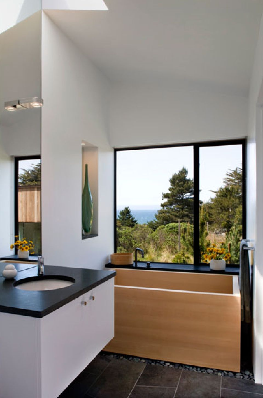 adelaparvu.com despre casa minimalista pe malul marii, Arhitectura Turnbull Griffin Haesloop, Foto David Wakely (14)