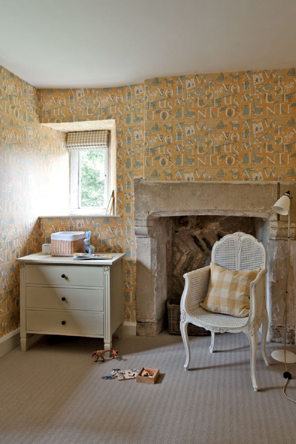 adelaparvu.com despre casa veche Anglia decorata in pasteluri, Design Interior Sims Hilditch Interior Design, Dorset Manor House, Foto Polly Eltes (10)