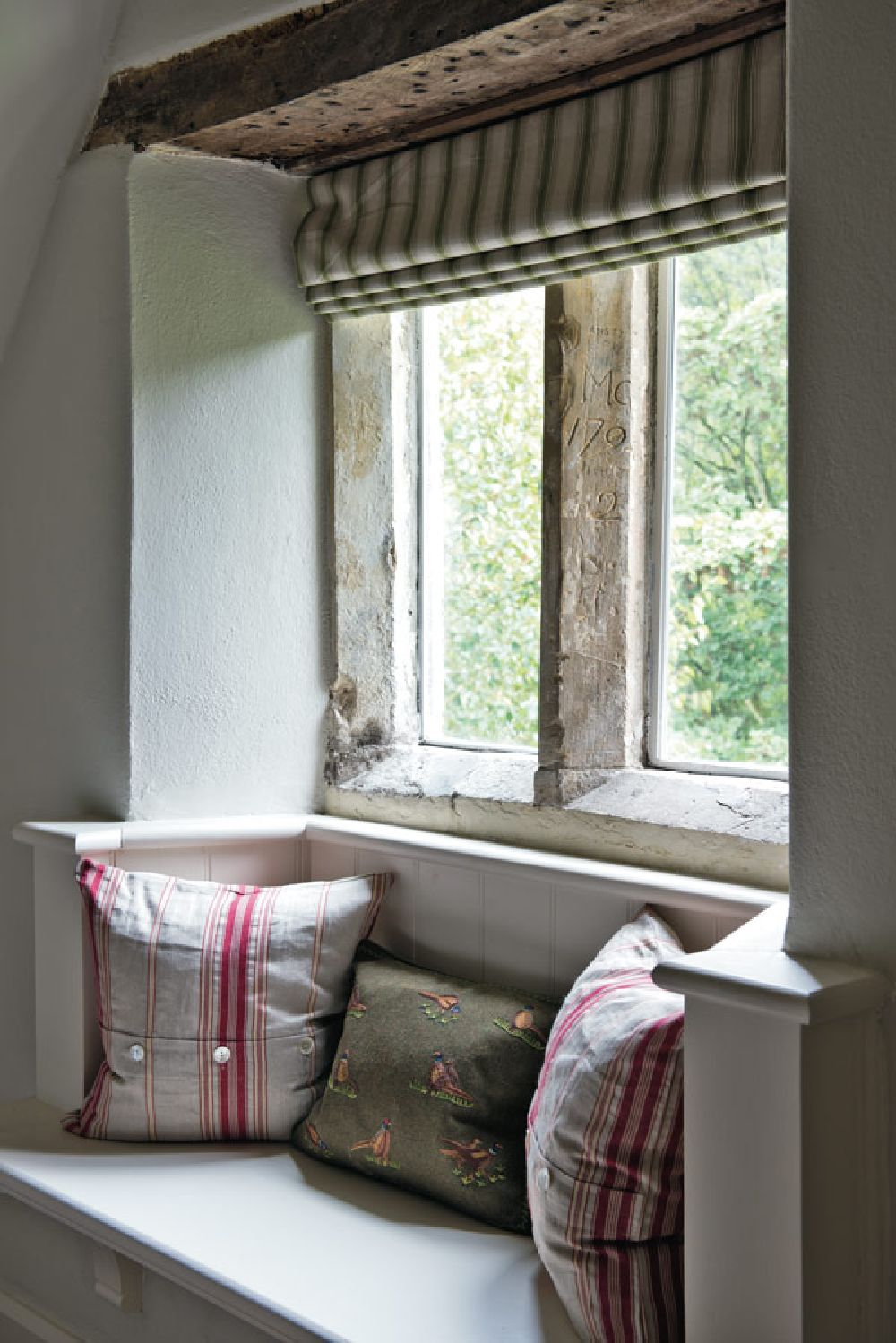 adelaparvu.com despre casa veche Anglia decorata in pasteluri, Design Interior Sims Hilditch Interior Design, Dorset Manor House, Foto Polly Eltes (12)