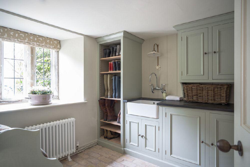 adelaparvu.com despre casa veche Anglia decorata in pasteluri, Design Interior Sims Hilditch Interior Design, Foto Polly Eltes  (1)
