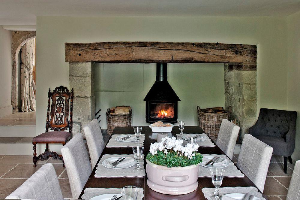 adelaparvu.com despre casa veche Anglia decorata in pasteluri, Design Interior Sims Hilditch Interior Design, Foto Polly Eltes  (4)