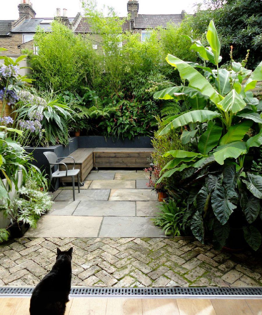 adelaparvu.com despre gradina mica urbana, design Antonia Schofield, executie C P Landscapes (13)