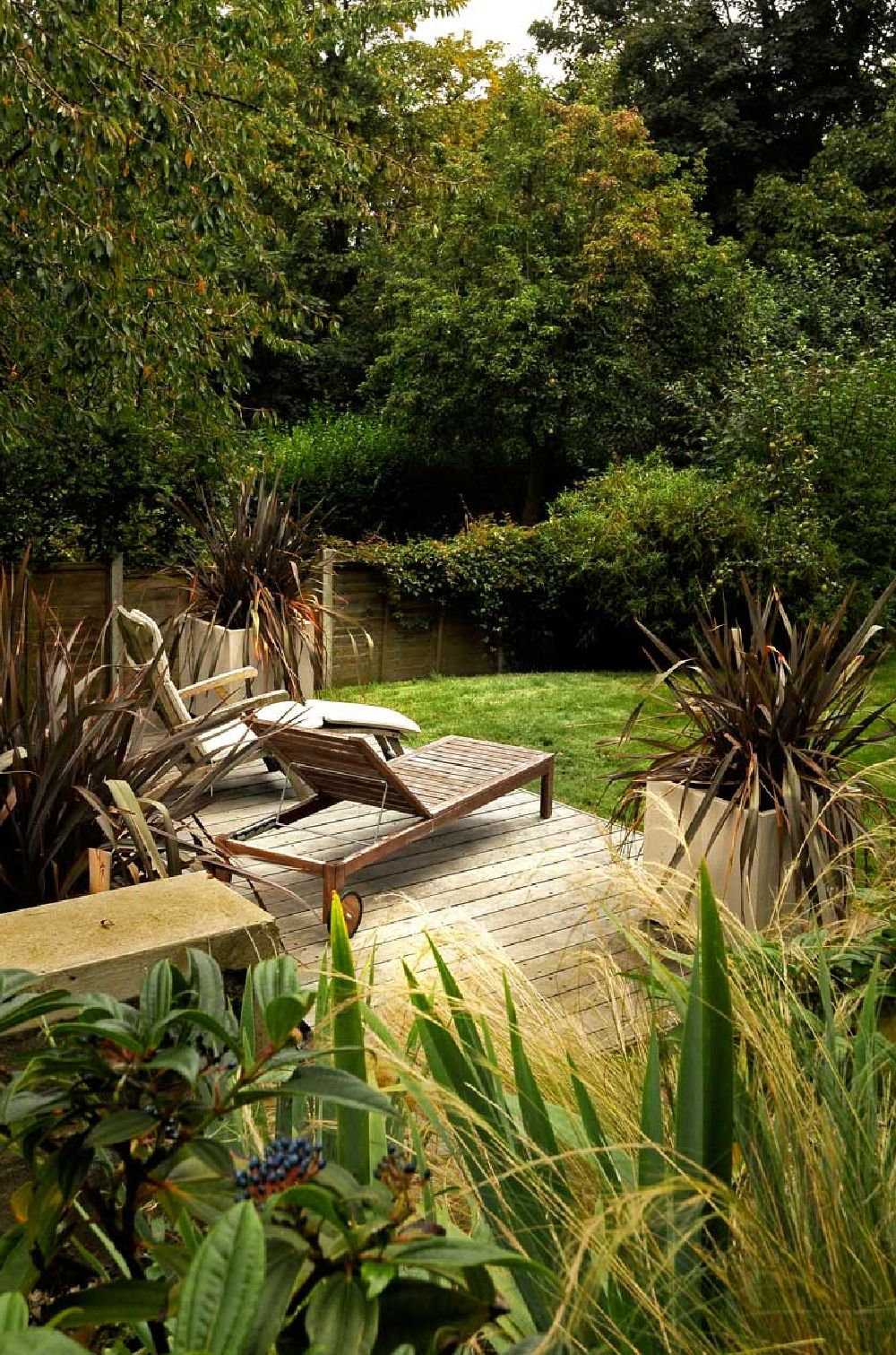 A garden design in Crystal Palace, South London, by Kate Eyre Ga