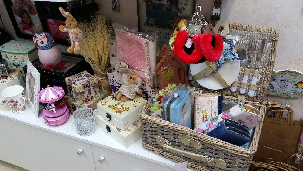 adelaparvu.com despre magazin de decoratiuni in Bucuresti, Cutia cu Fundita (31)