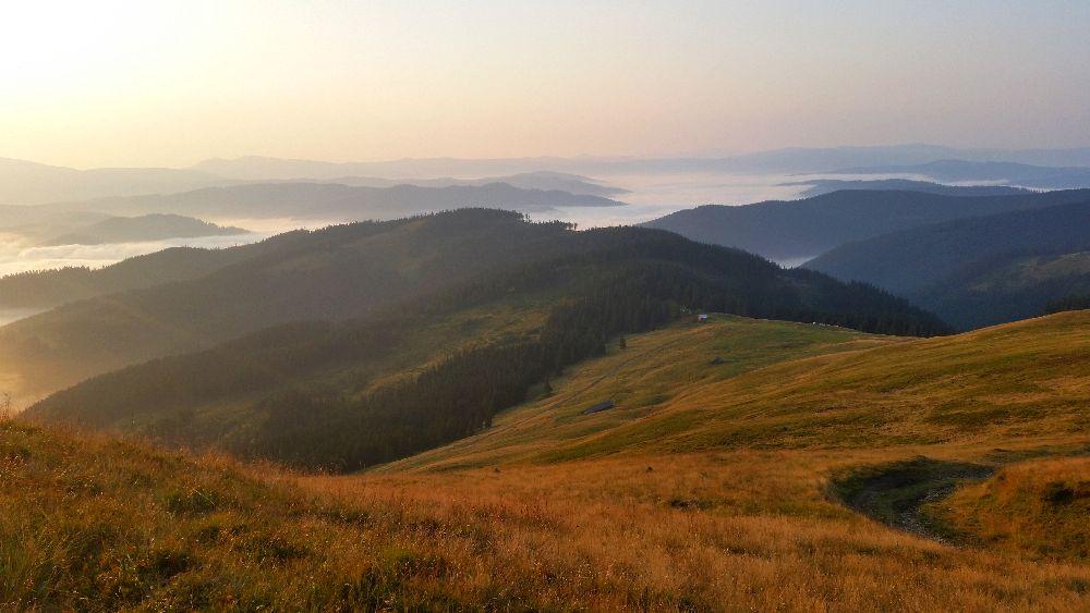 adelaparvu.com despre peisaje din Muntii Suhardului, Ciocanesti, Bucovina, Romania, Foto Adela Parvu (10)