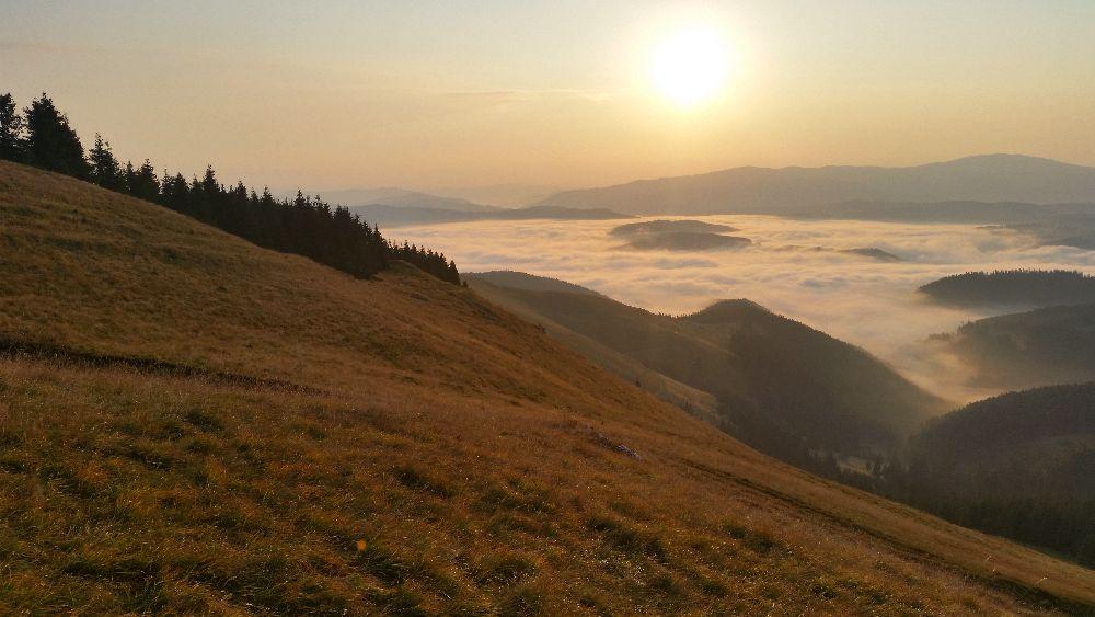adelaparvu.com despre peisaje din Muntii Suhardului, Ciocanesti, Bucovina, Romania, Foto Adela Parvu (17)