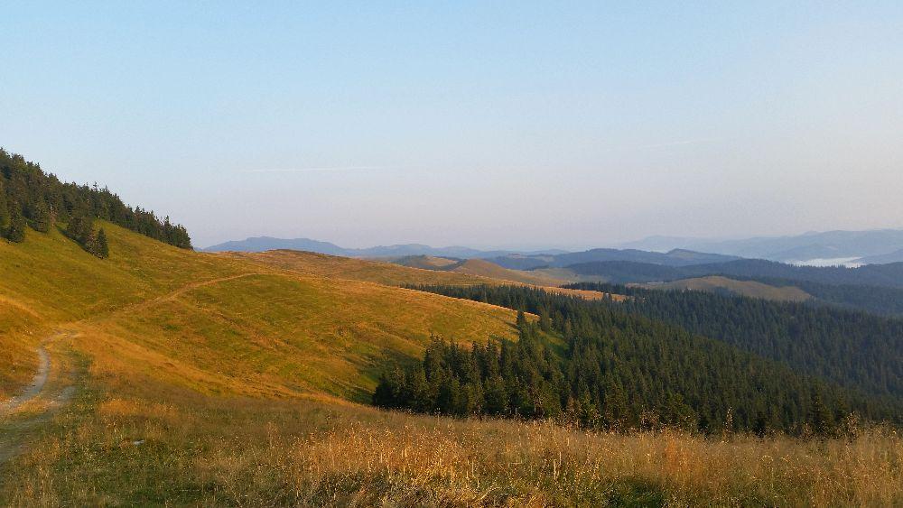 adelaparvu.com despre peisaje din Muntii Suhardului, Ciocanesti, Bucovina, Romania, Foto Adela Parvu (19)