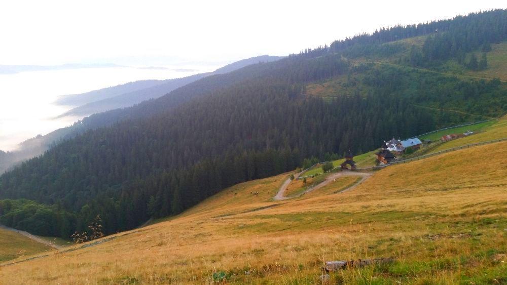 adelaparvu.com despre peisaje din Muntii Suhardului, Ciocanesti, Bucovina, Romania, Foto Adela Parvu (3)