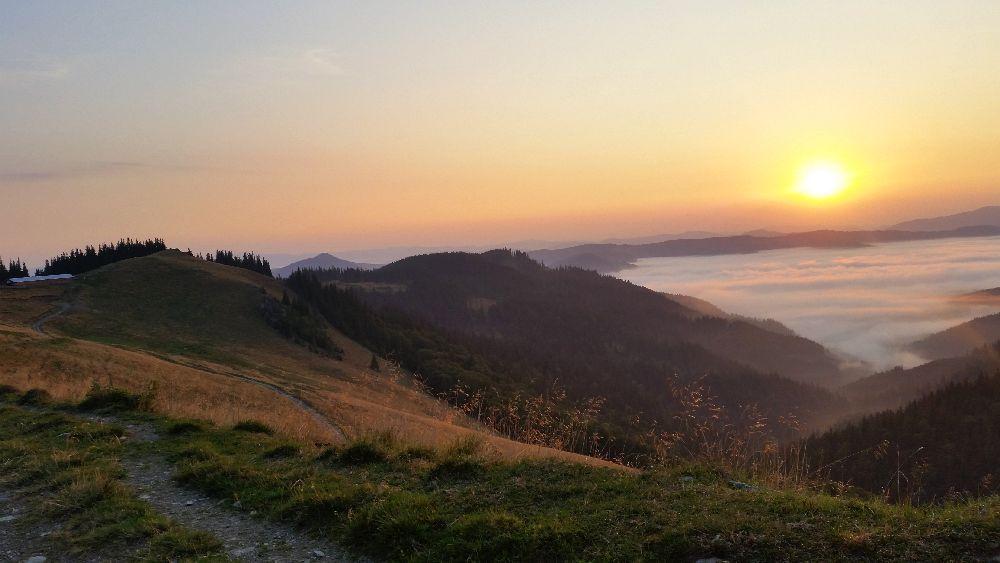 adelaparvu.com despre peisaje din Muntii Suhardului, Ciocanesti, Bucovina, Romania, Foto Adela Parvu (7)