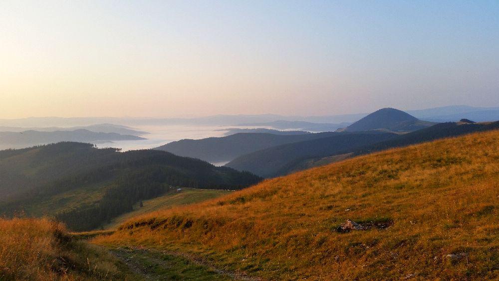 adelaparvu.com despre peisaje din Muntii Suhardului, Ciocanesti, Bucovina, Romania, Foto Adela Parvu (8)