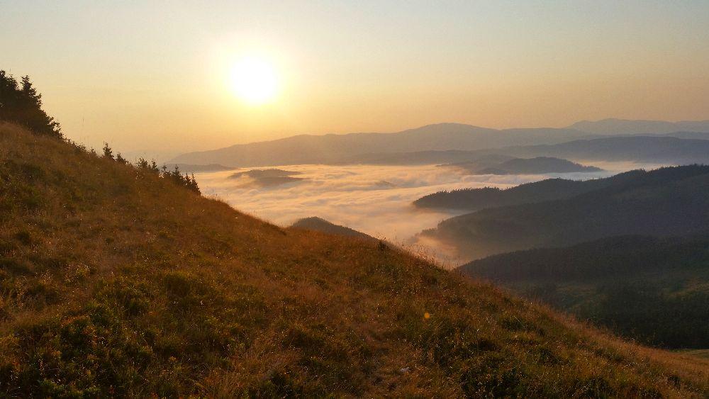 adelaparvu.com despre peisaje din Muntii Suhardului, Ciocanesti, Bucovina, Romania, Foto Adela Parvu (9)