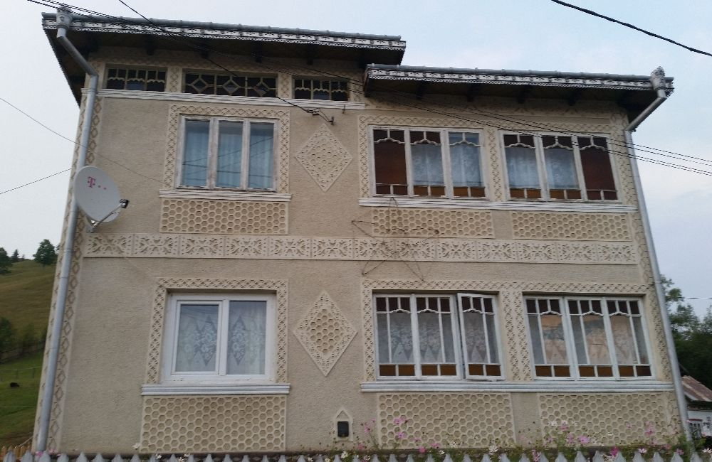 adelaparvu.com despre Ciocanesti, case cu motive traditionale, Bucovina, Romania (101)