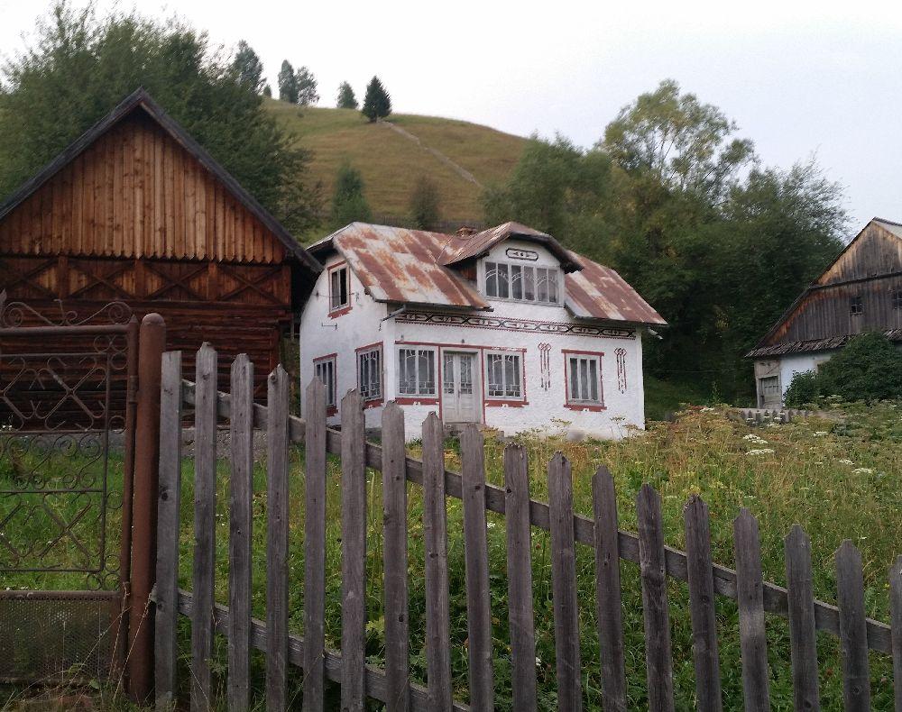 adelaparvu.com despre Ciocanesti, case cu motive traditionale, Bucovina, Romania (102)