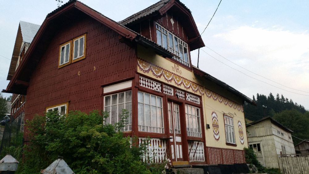 adelaparvu.com despre Ciocanesti, case cu motive traditionale, Bucovina, Romania (105)
