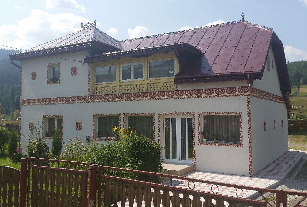 adelaparvu.com despre Ciocanesti, case cu motive traditionale, Bucovina, Romania (118)