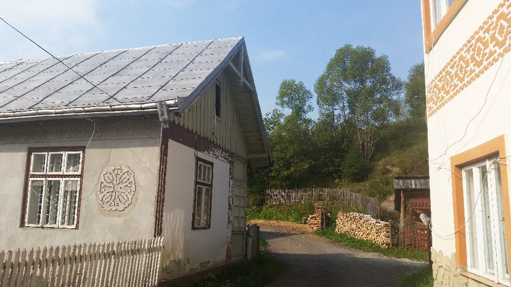 adelaparvu.com despre Ciocanesti, case cu motive traditionale, Bucovina, Romania (12)