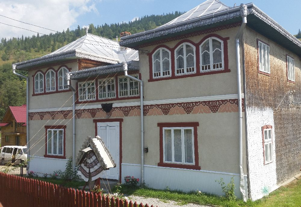 adelaparvu.com despre Ciocanesti, case cu motive traditionale, Bucovina, Romania (121)