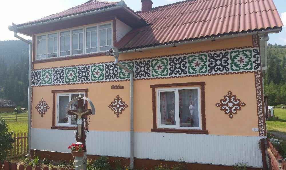 adelaparvu.com despre Ciocanesti, case cu motive traditionale, Bucovina, Romania (123)
