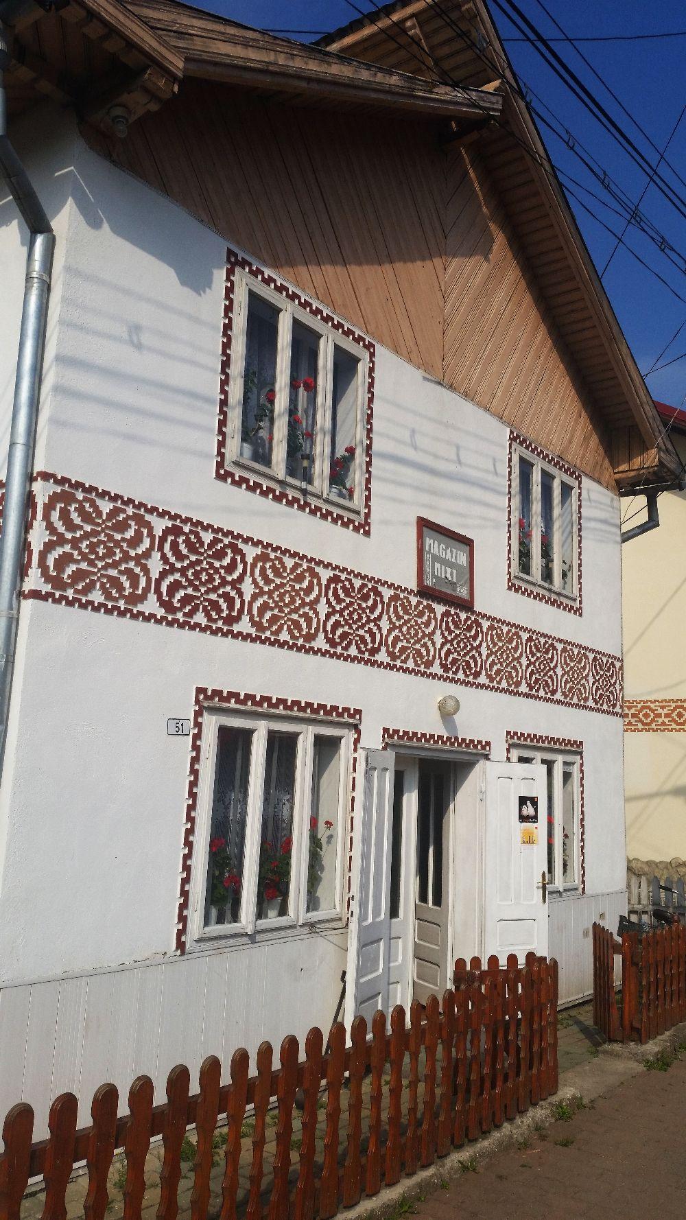 adelaparvu.com despre Ciocanesti, case cu motive traditionale, Bucovina, Romania (13)