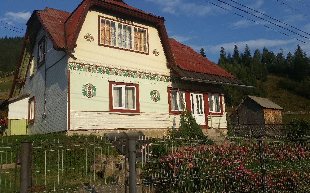adelaparvu.com despre Ciocanesti, case cu motive traditionale, Bucovina, Romania (136)